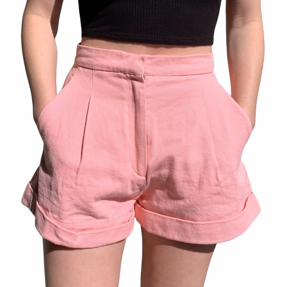 CHANEL Pants - Chanel coral shorts with side pockets size small